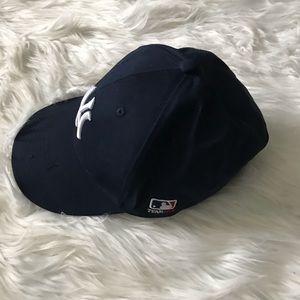 NY Yankees adjustable baseball hat